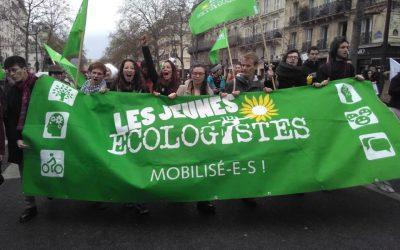 Laisser Marine Le Pen prendre le pouvoir, c'est le risque de ne jamais pouvoir le récupérer.